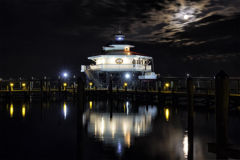 Cambridge, MD, November Evening