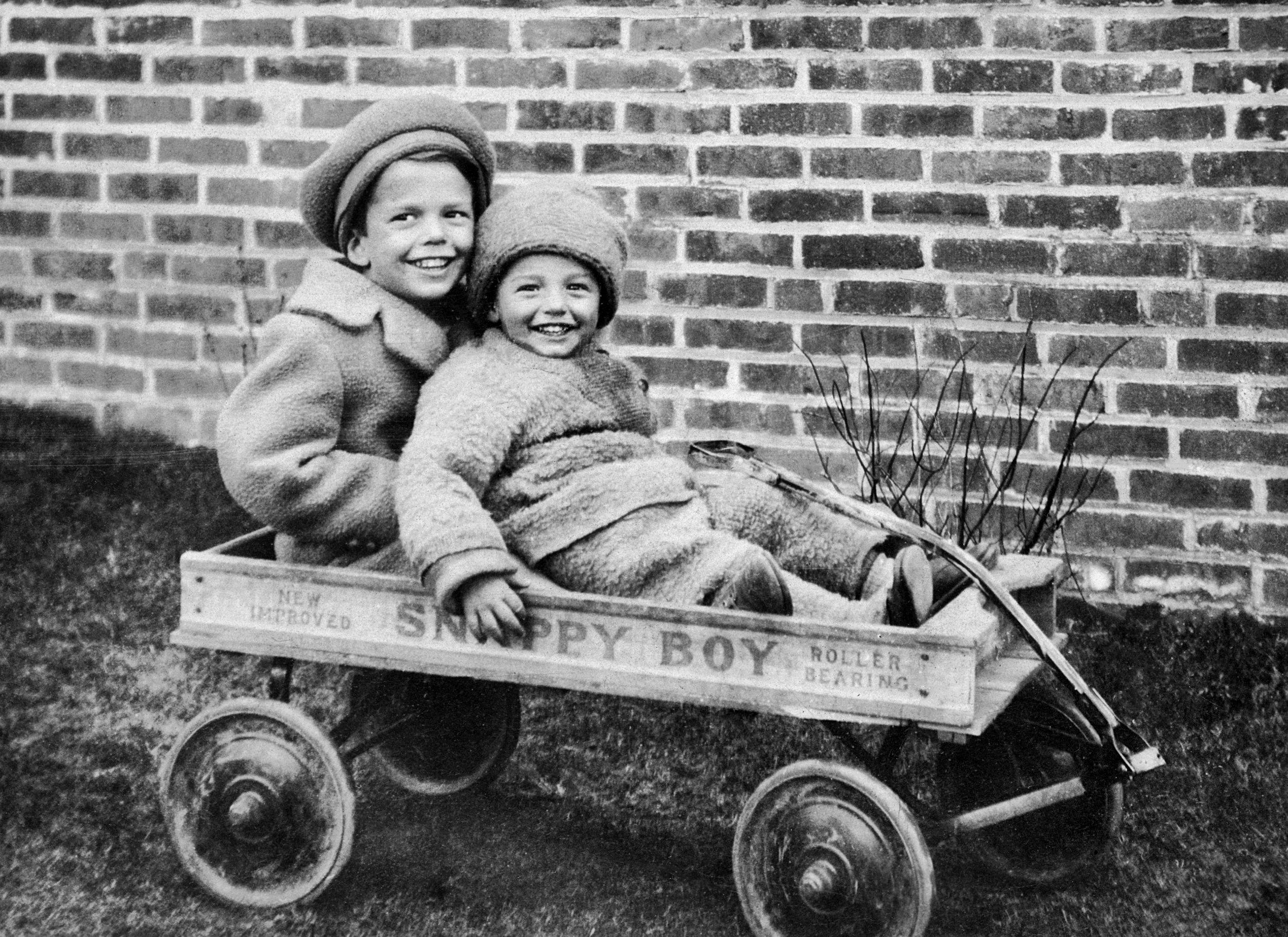 Buddy and Richard, 1929
