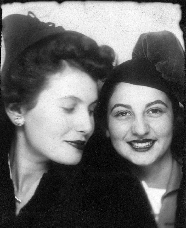 Schwartzstein - Photobooth Jean and Blanche.jpg