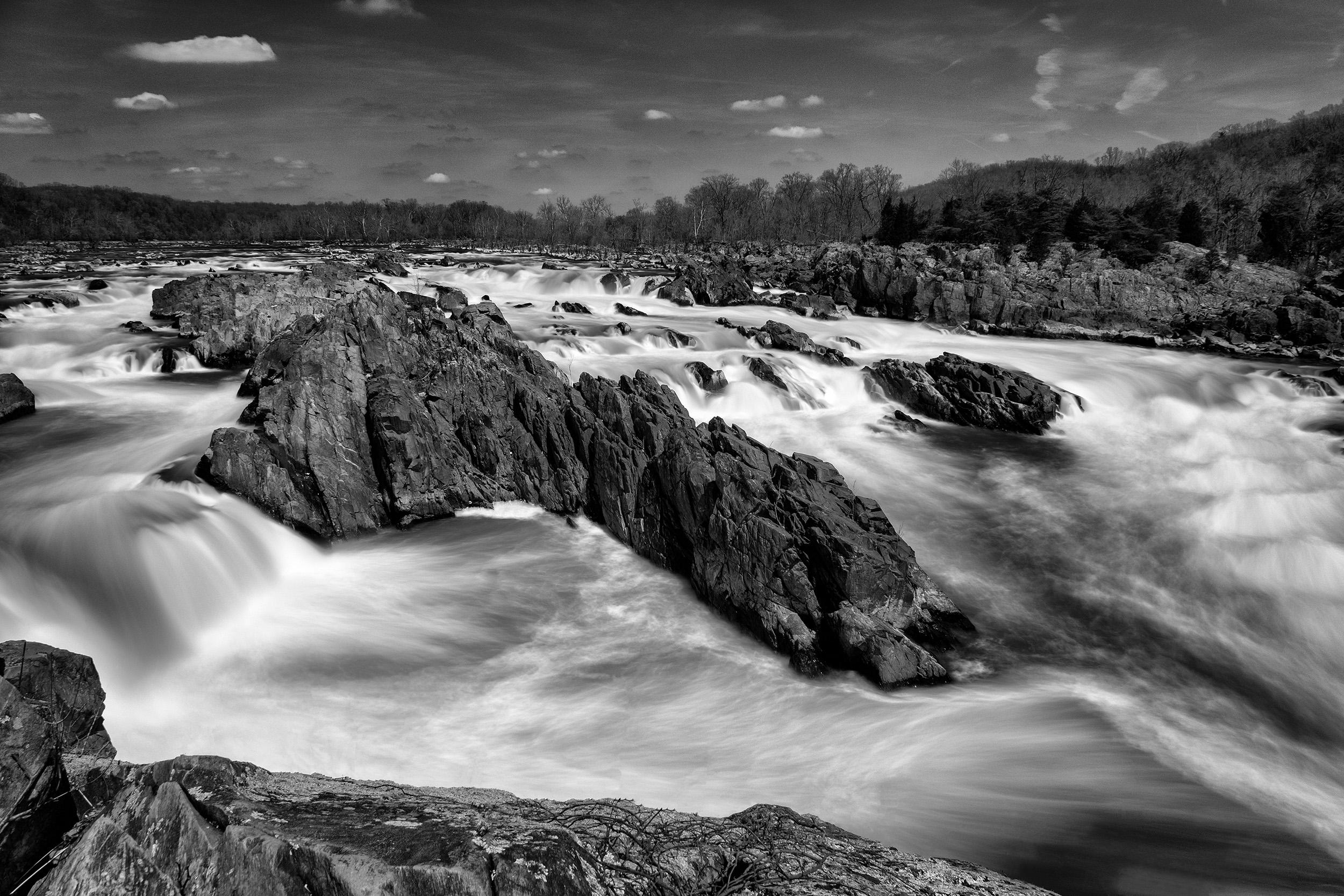 190406 VA Great Falls  XT3 05-1 flt bw.jpg