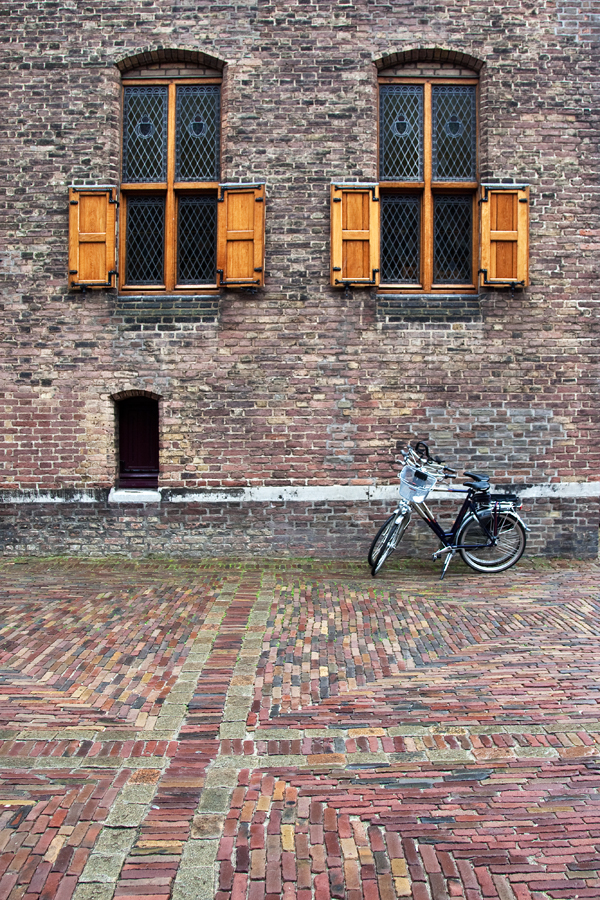 110818-Hague-06-PS-PN.jpg