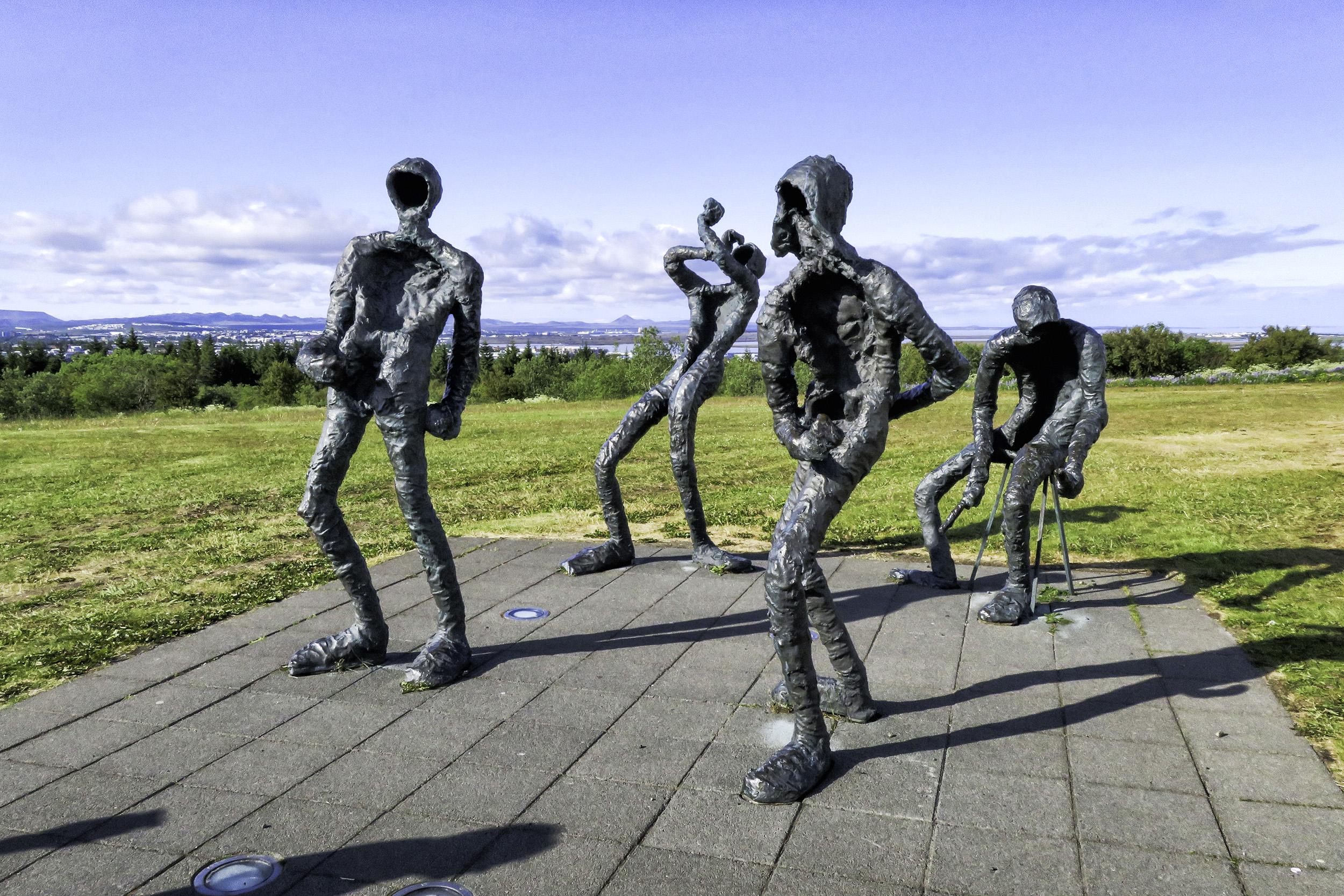 Dansleikur (Dance) sculptures outside the Perlan