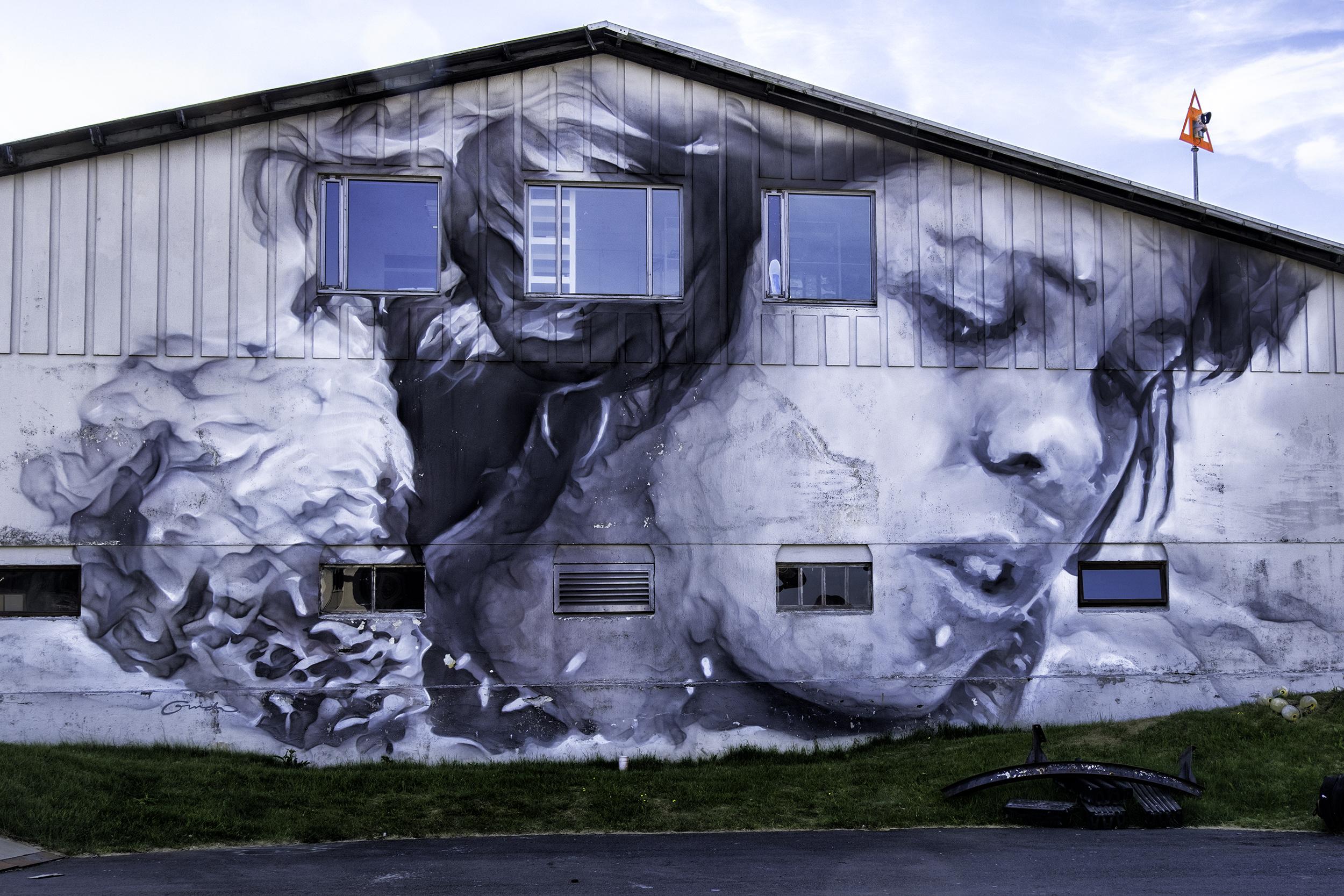 Wall art in Heimaey
