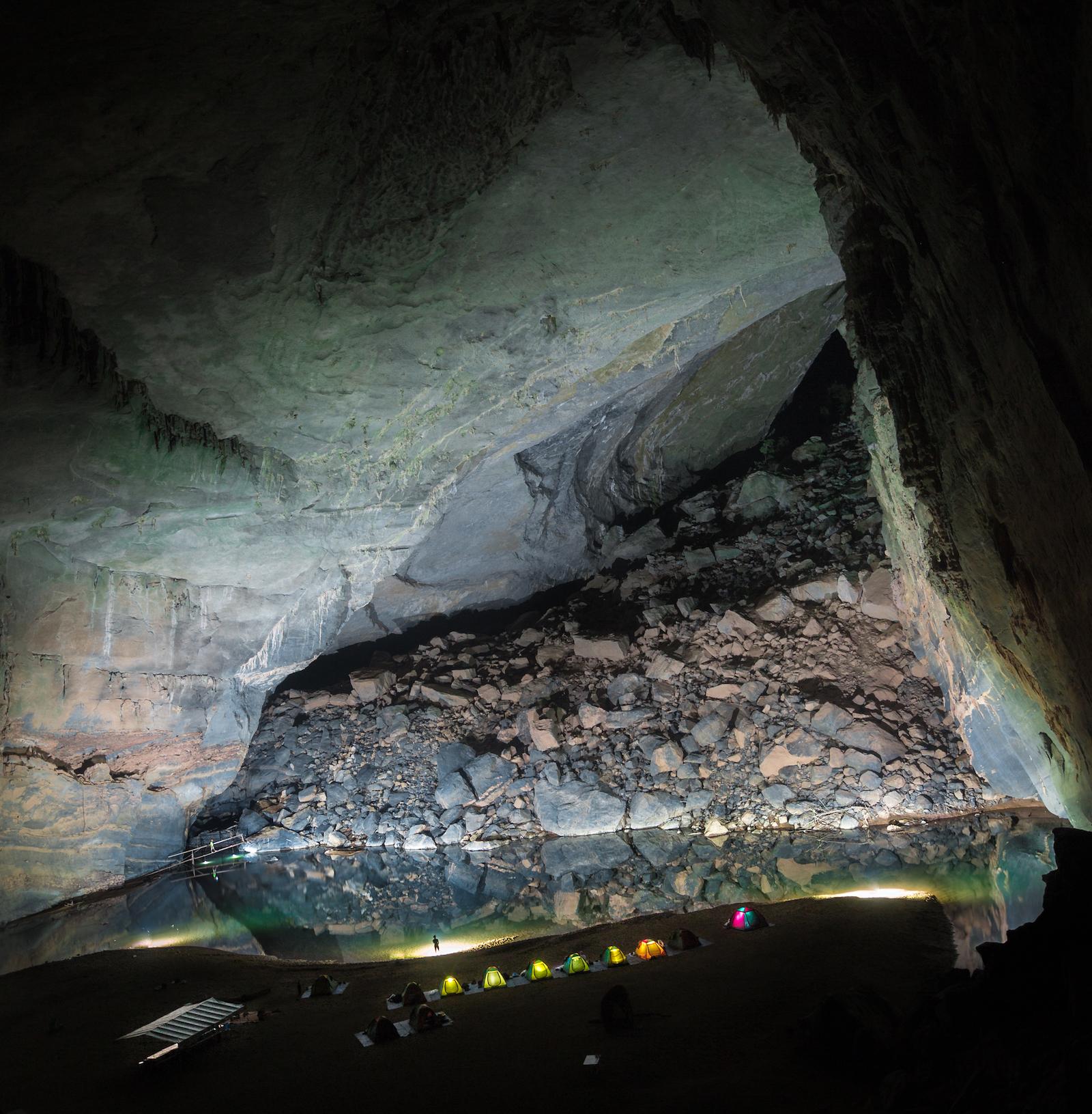 Gregg Jaden Hang En Cave Vietnam