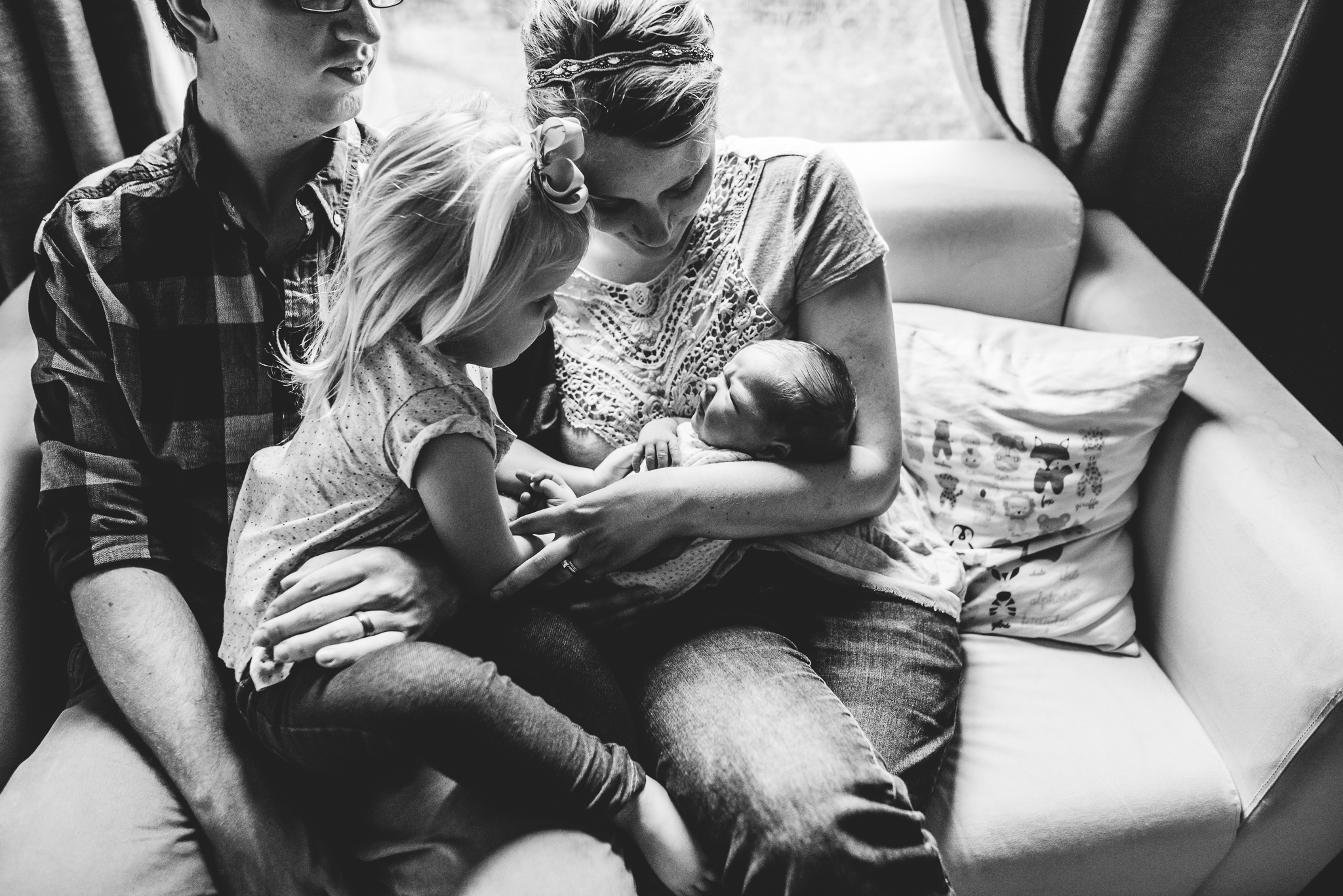 lifestyle newborn photographer in austin angela doran-3.jpg