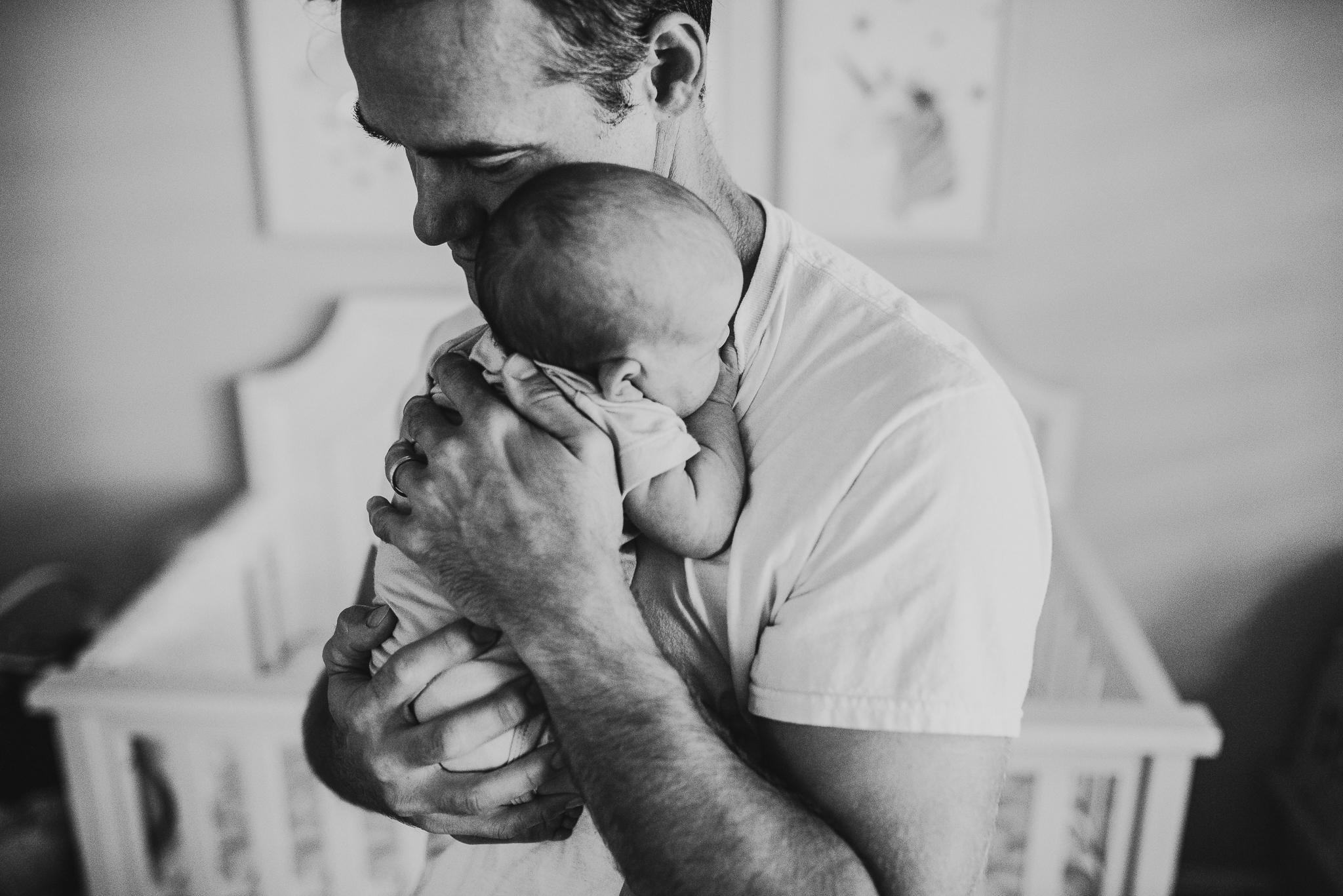 austin-lifestyle-newborn-photographer-7732.jpg