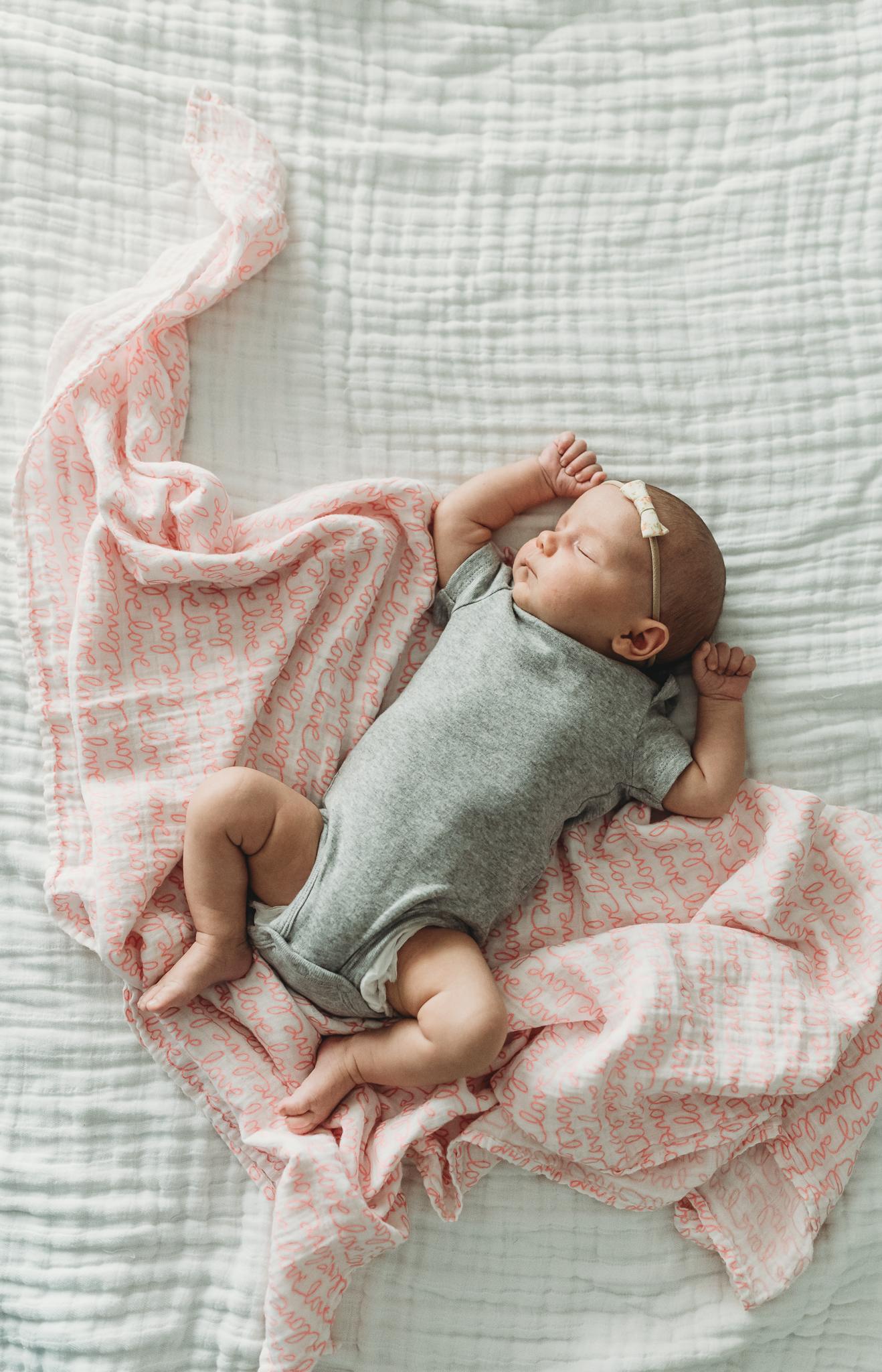 austin-lifestyle-newborn-photographer-8058.jpg