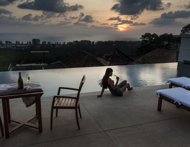Tim Pelling_Hotel Lifestyle-2.jpg