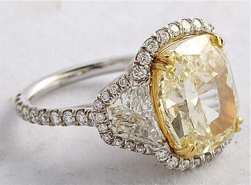 A 5 23 Ct Fancy Vs1 Yellow Cushion Cut Diamond Ring Jeri Cohen Fine Jewelry
