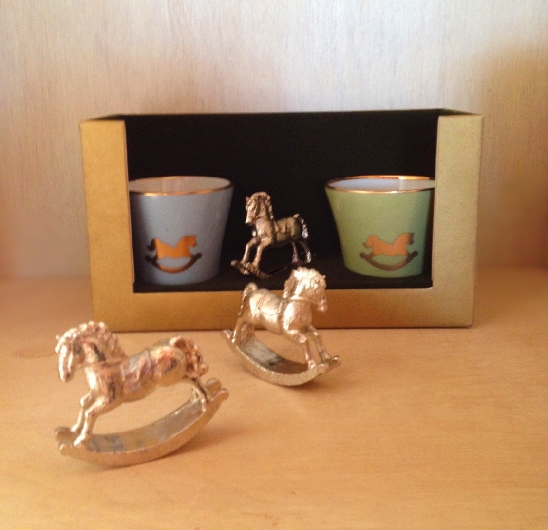 Trio de Velinhas e Cavalinho de Prata: R$205,00