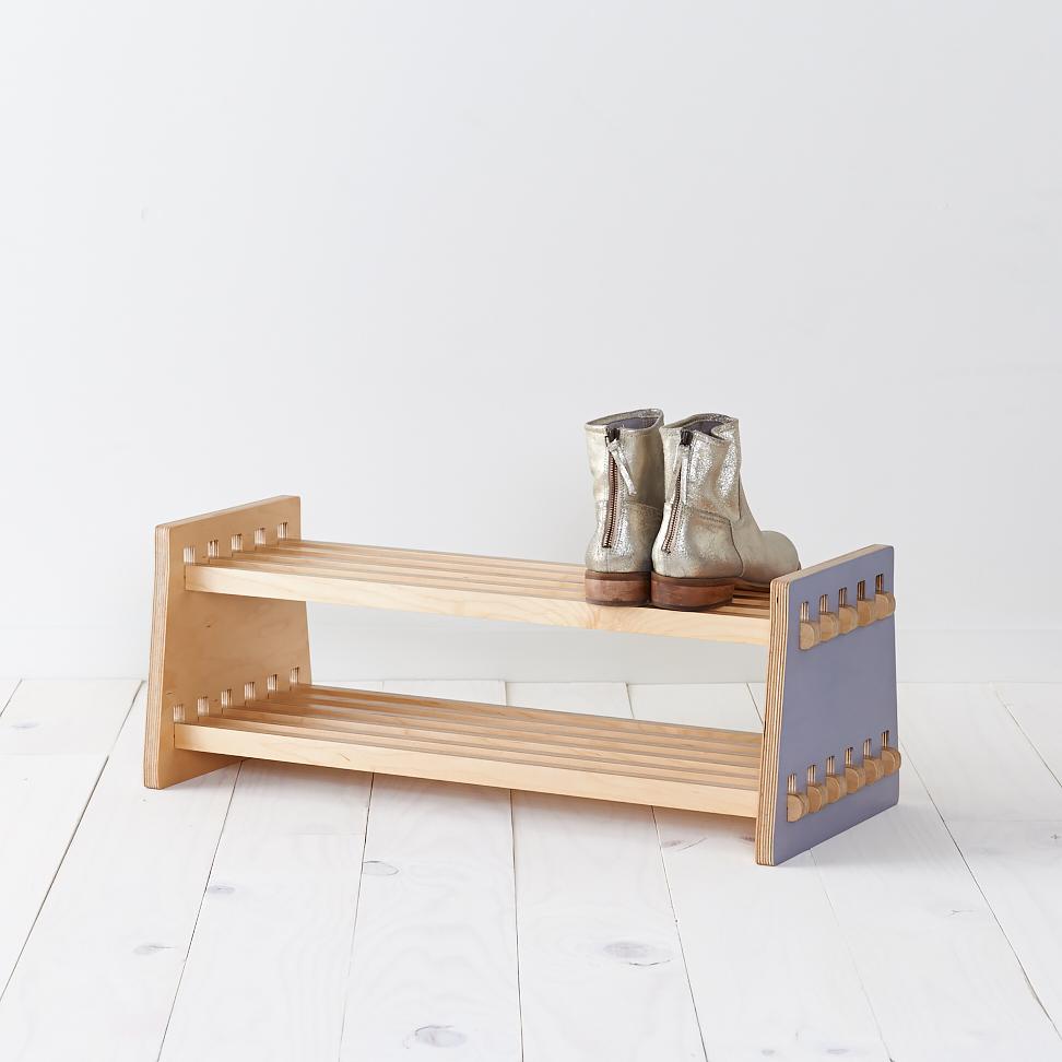 Shoe2B.jpg