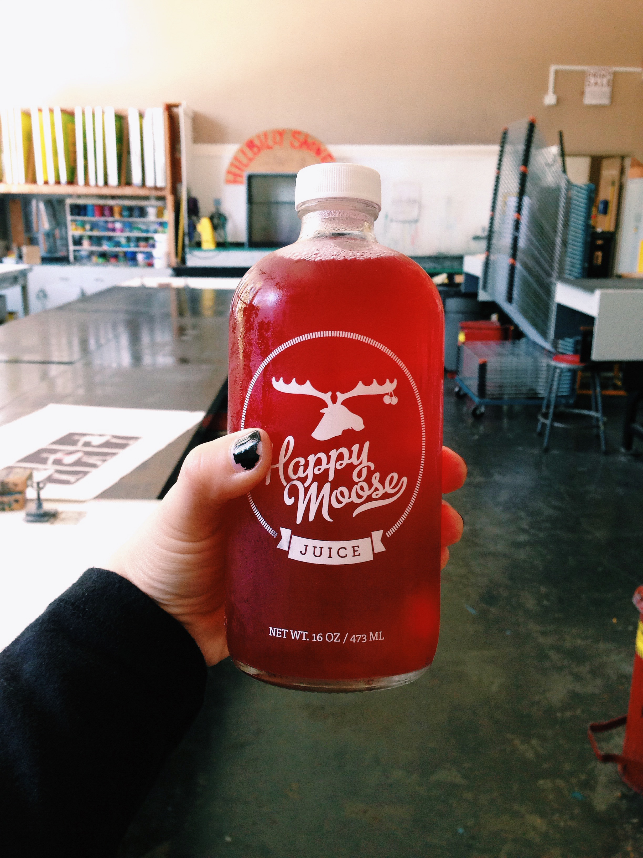 In screen printing studio with Happy Moose Juice. Thanks Ryan from HMJ for the cold-pressed juice! (And super cute reusable glass bottle I filled with home-brewed ice tea)