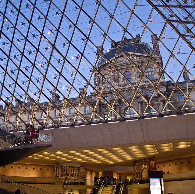 30 hours in Paris would not be complete without a quick stop at the Louvre. #impei #architecture #paris #architecturenotart