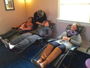 Community Acupuncture  with Leslie Aurino Saturdays 10-1 PM  BOOK NOW