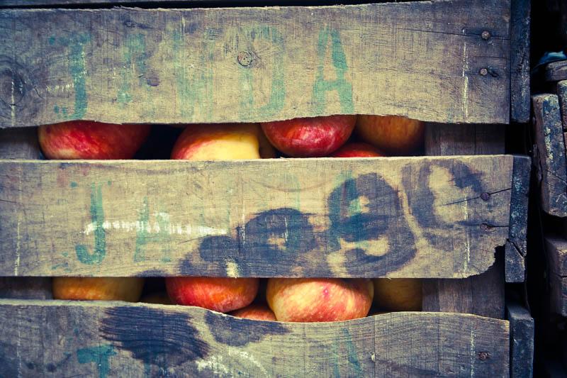 Apples, Marrakech