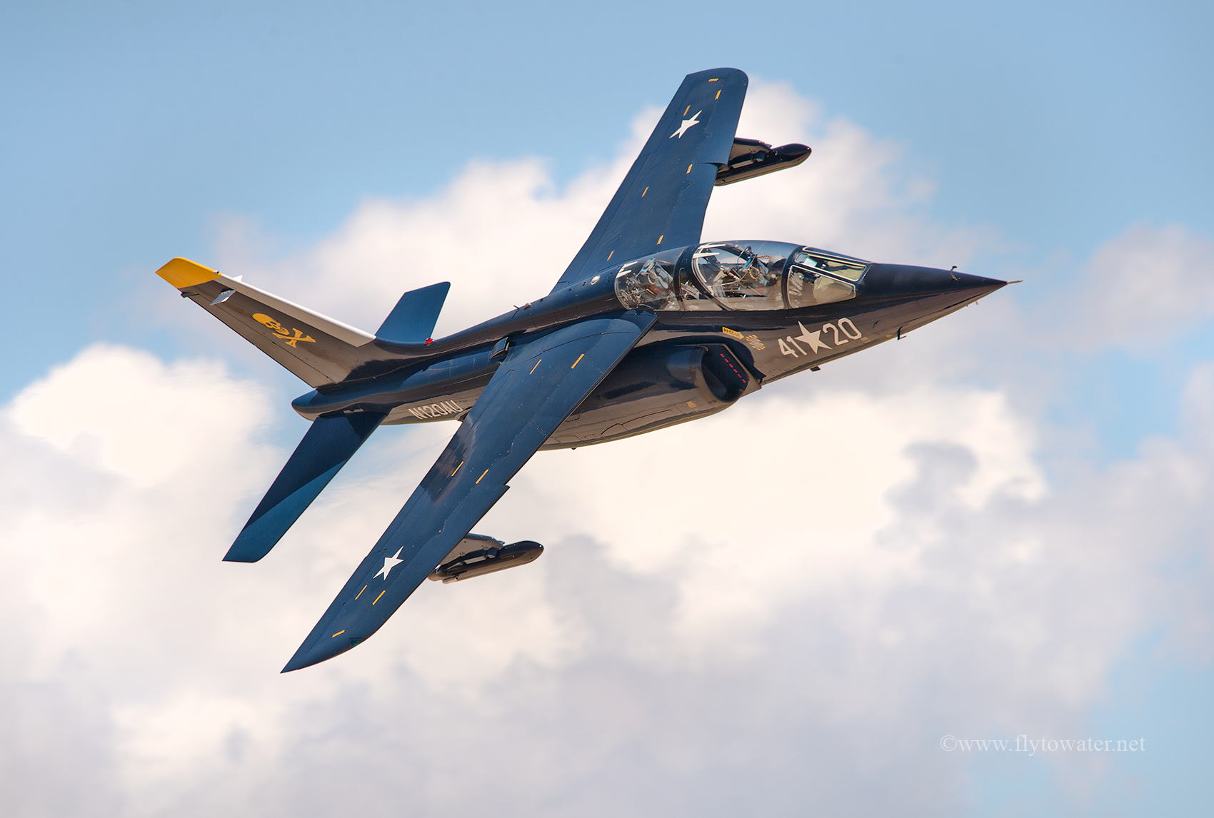 Dassault/Dornier Alpha Jet #N120AU (Private)  f/8, 1/800, ISO 200