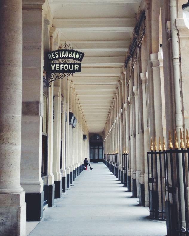 Perspective, around the Jardins du Palais Royal