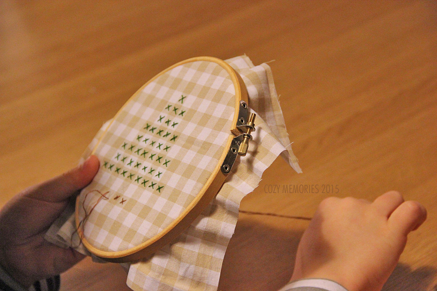 trying to embroider a tree, with crosses on gingham cotton