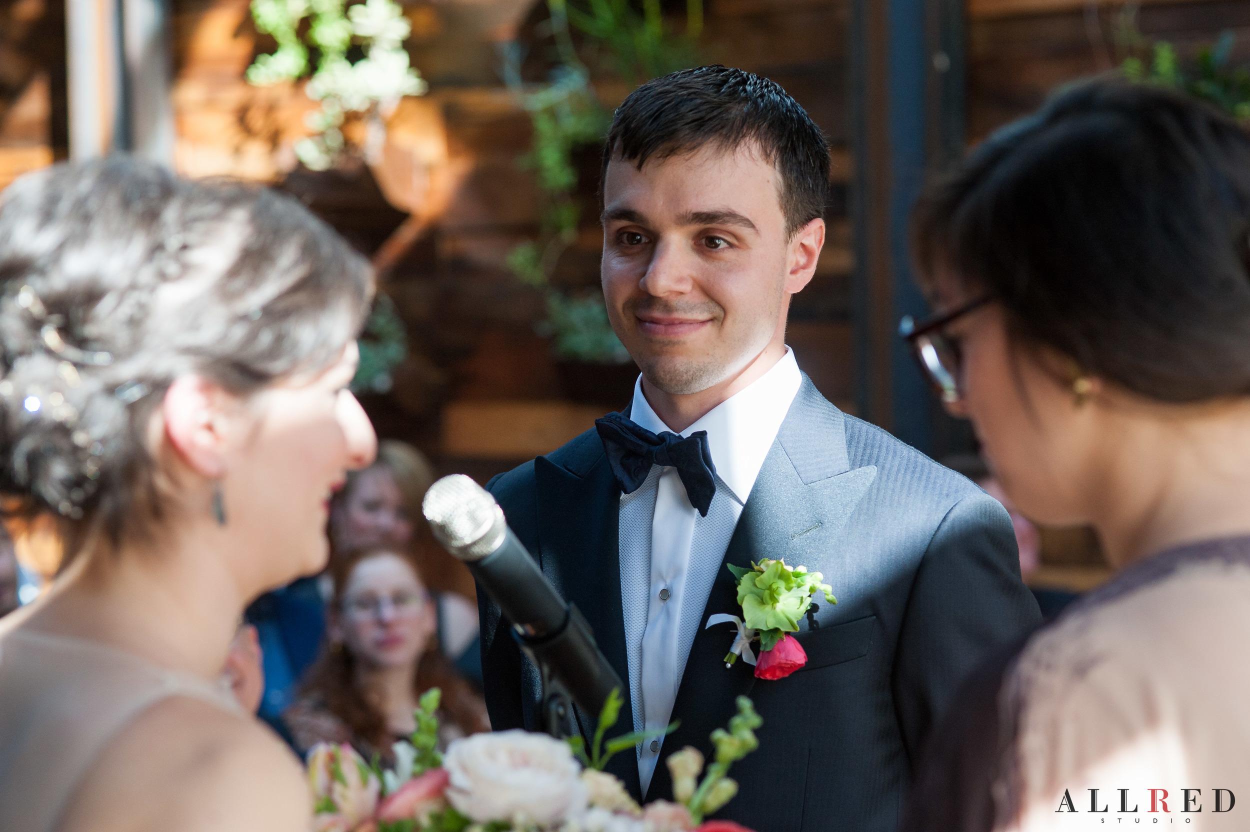 Wedding-Brooklyn-winery-allred-studio-new-york-photographer-new-jersey-hudson-valley-00847.jpg
