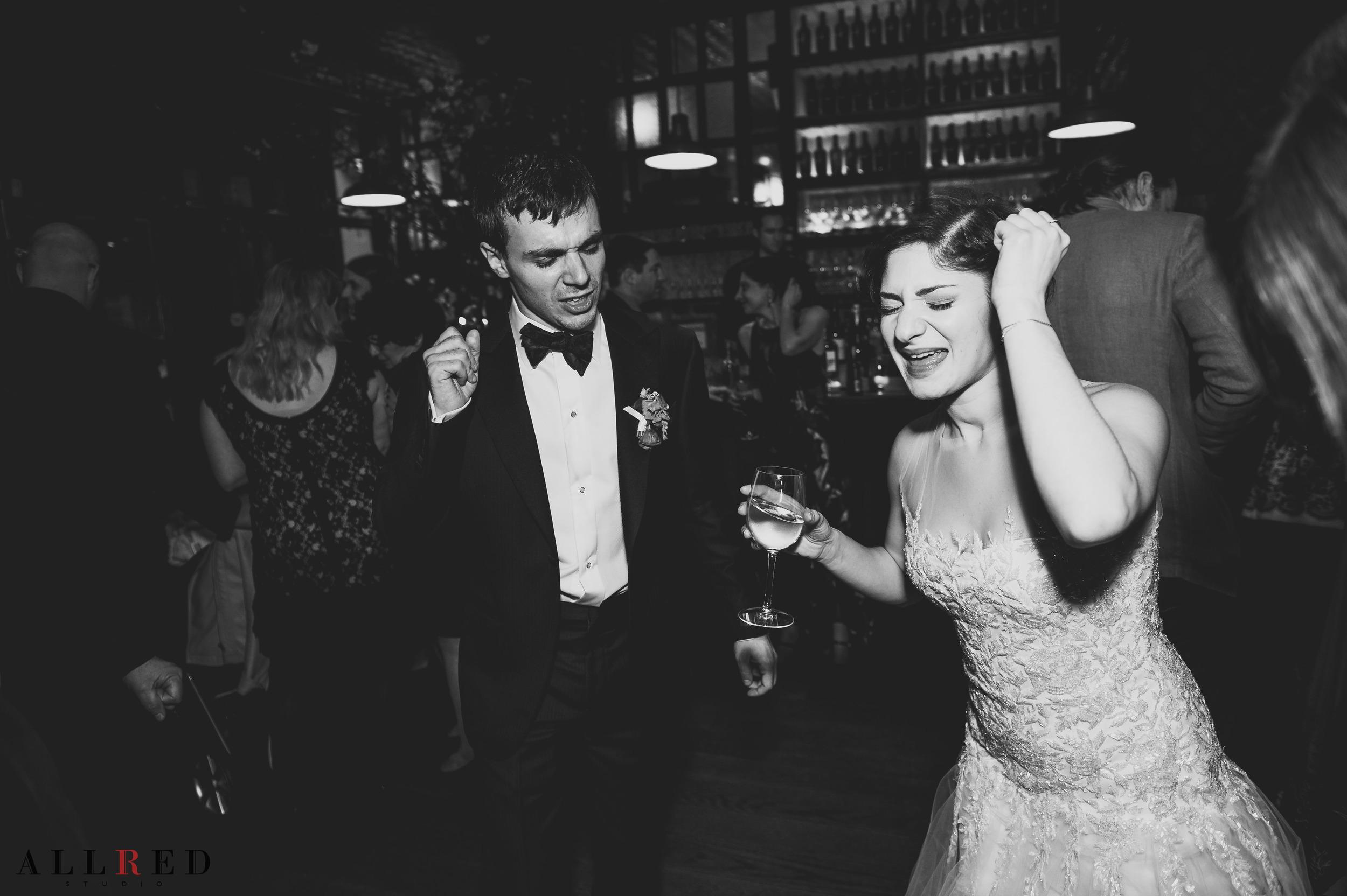 Wedding-Brooklyn-winery-allred-studio-new-york-photographer-new-jersey-hudson-valley-02406.jpg