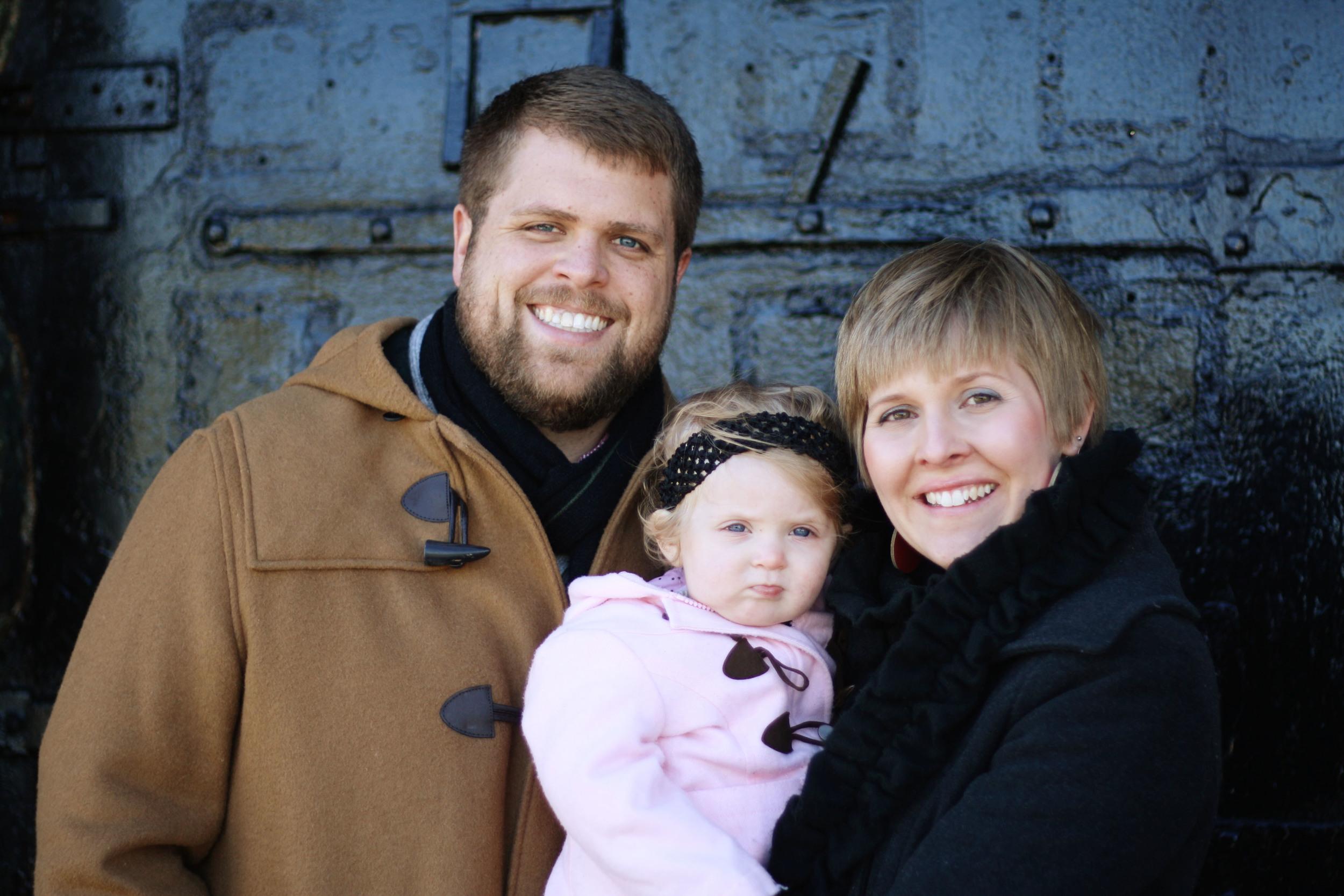 Close up Family at Door.jpg