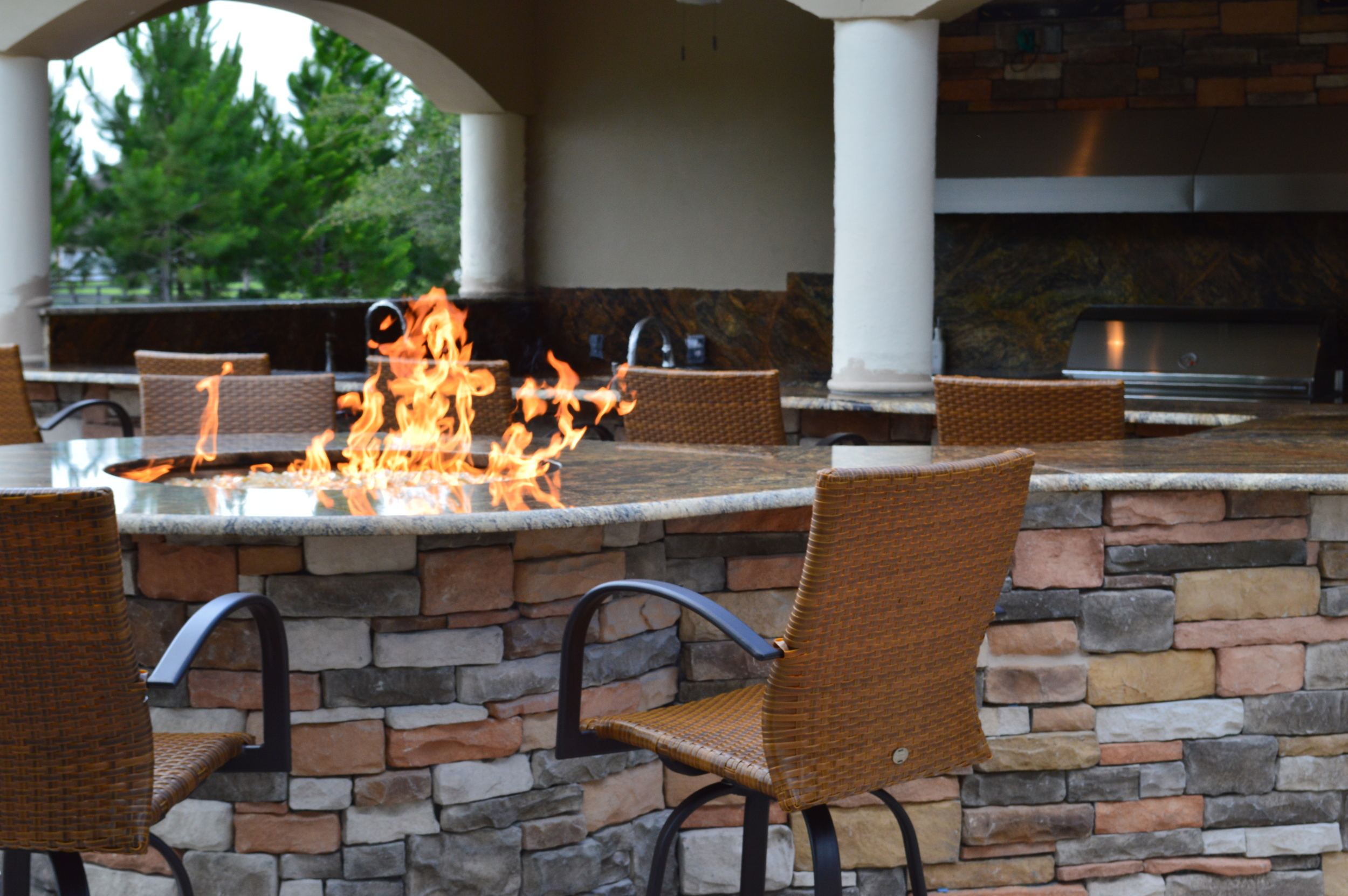 Outdoor Kitchen and Living Space in Tampa