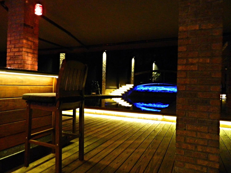 outdooroasislighting2.jpg
