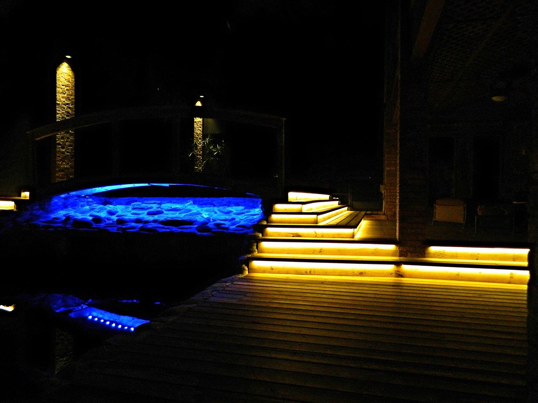 outdooroasislighting4.jpg
