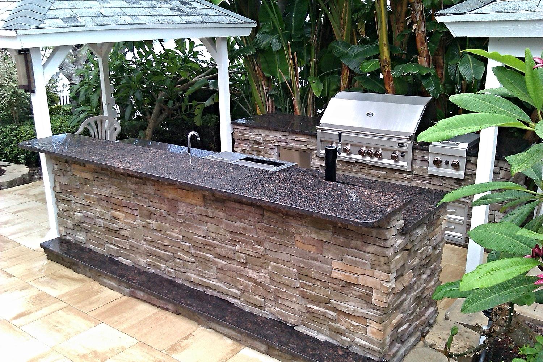 outdoor-kitchen-good-investment2