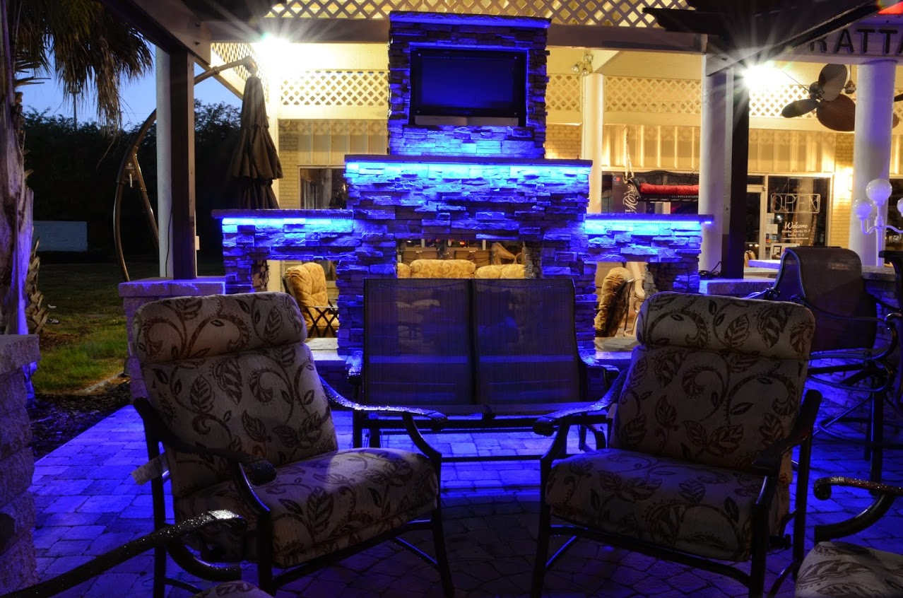 Dale-Mabry-Outdoor-Kitchen-Display-3.jpg
