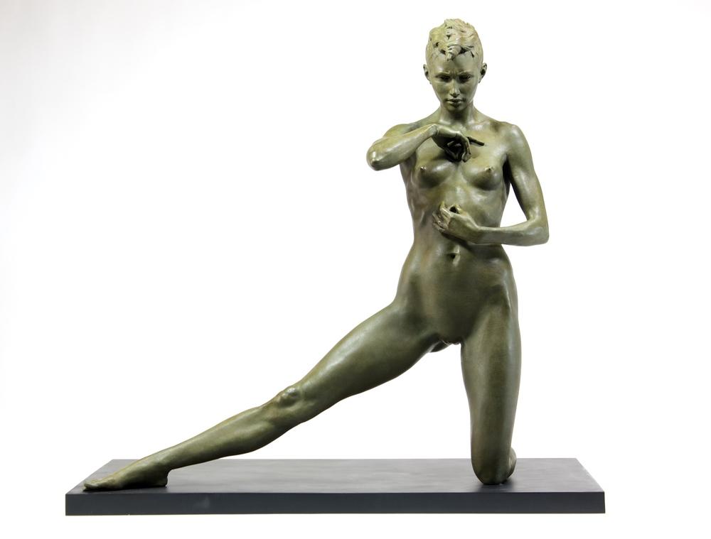 Briana, bronze
