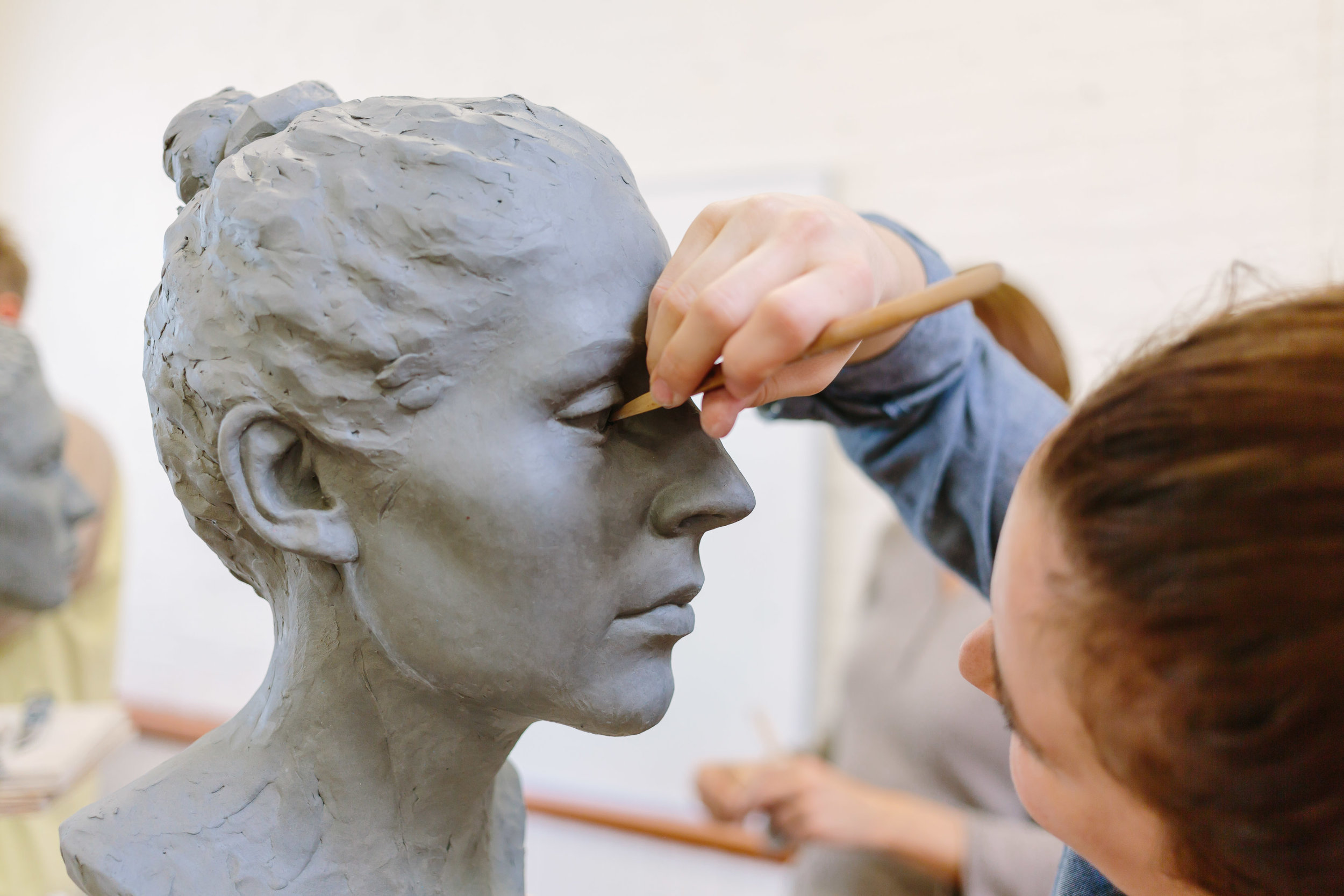 Learn to Sculpt   Canada | France   Join a Workshop