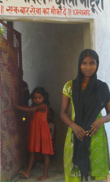 Kaushalya (right) at her mother's tea stall.