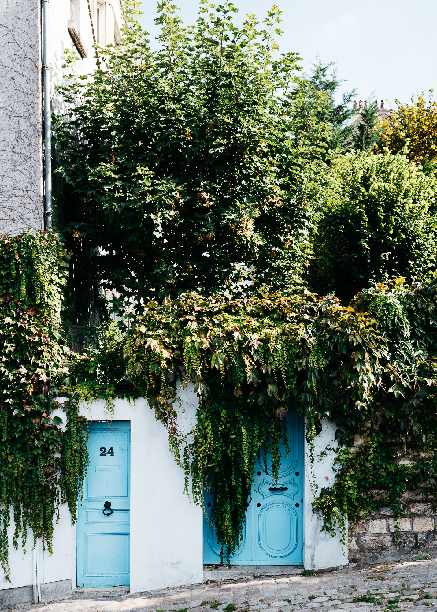 Cute blue doors in Montmartre, near Clos Montmartre