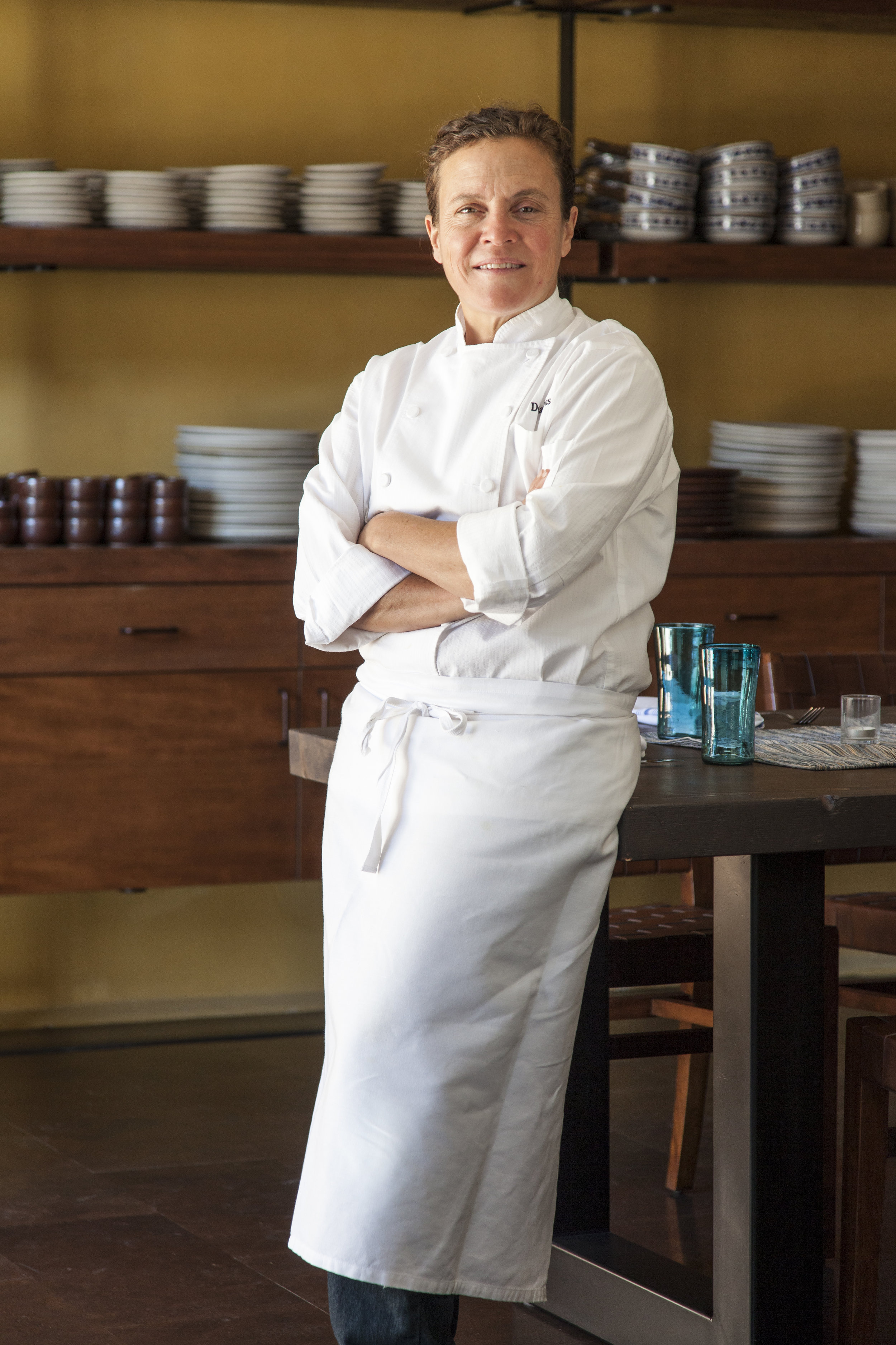 CHEF TRACI DES JARDINS   Chef Des Jardins has been a force in the San Francisco food scene for more than two decades. She runs a diverse group of restaurants in San Francisco, including:  Jardinière ,  Arguello , The Commissary,  Mijita Cocina Mexicana ,  Public House  and  TRANSIT .  She is a dedicated philanthropist, sitting on the board of the local non-profit La Cocina, and has been a longtime supporter of the farm to table movement and sustainability. She has won numerous awards from national and local magazines and the James Beard Foundation.