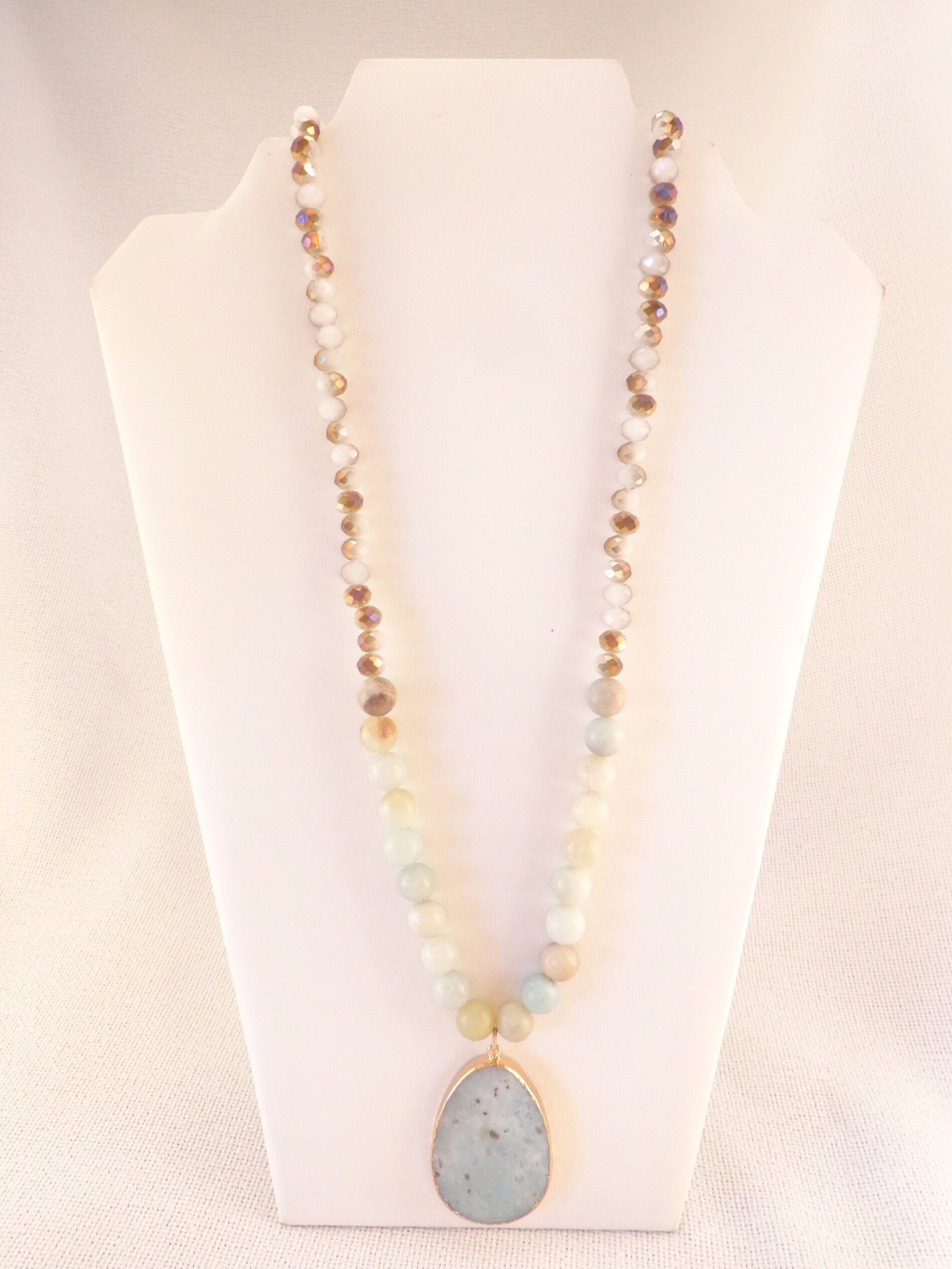 Stone Pendant Beaded Necklace