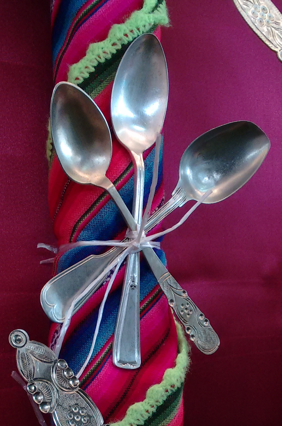 Spoons decorating the colorful Arco de Plata that adorned the altar to San Juan.