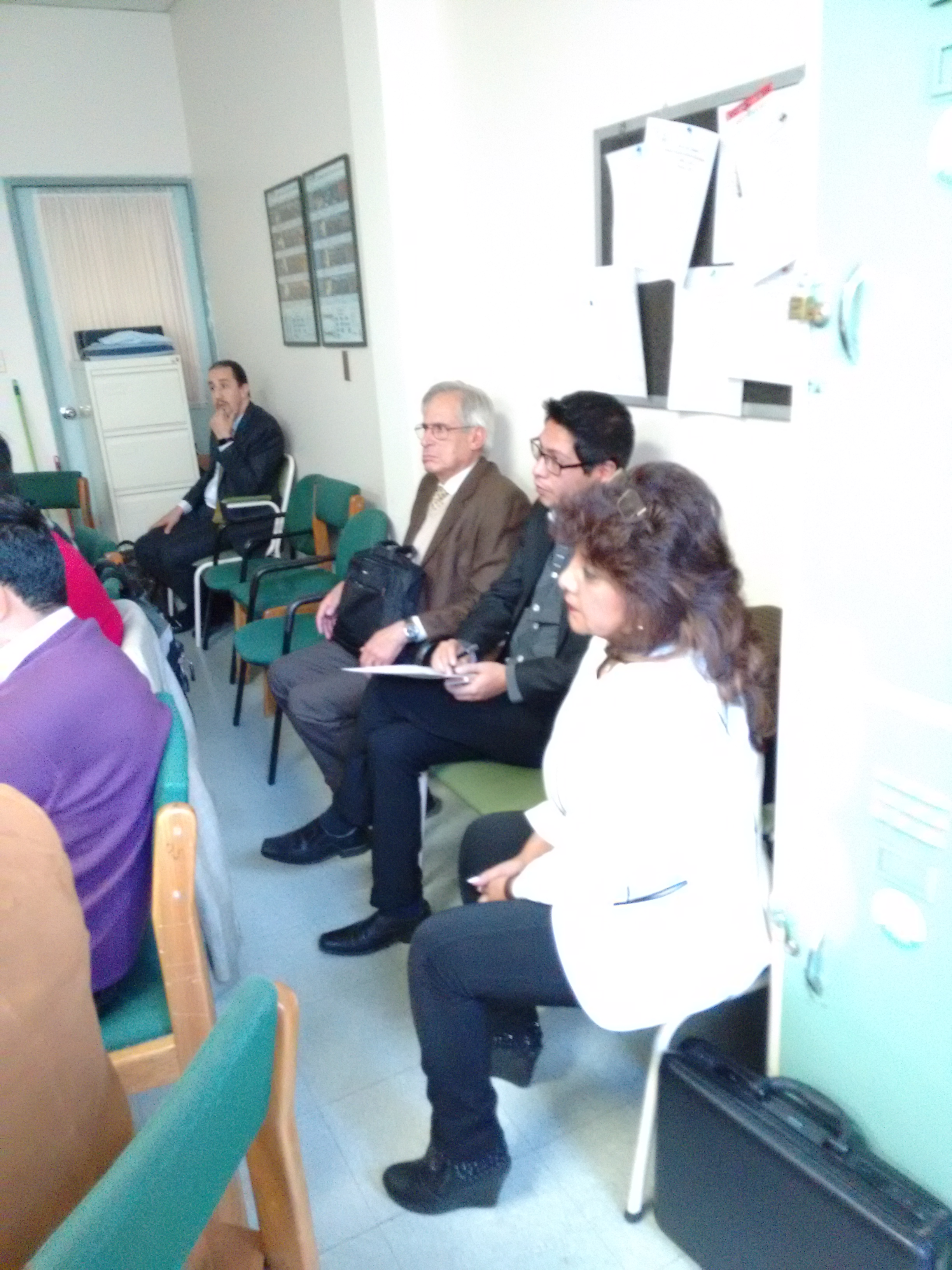 Dr. Elizabeth Chavez, ENT from Cochabamba, joins her colleagues and neurosurgeons at the IDN course in LA Paz.