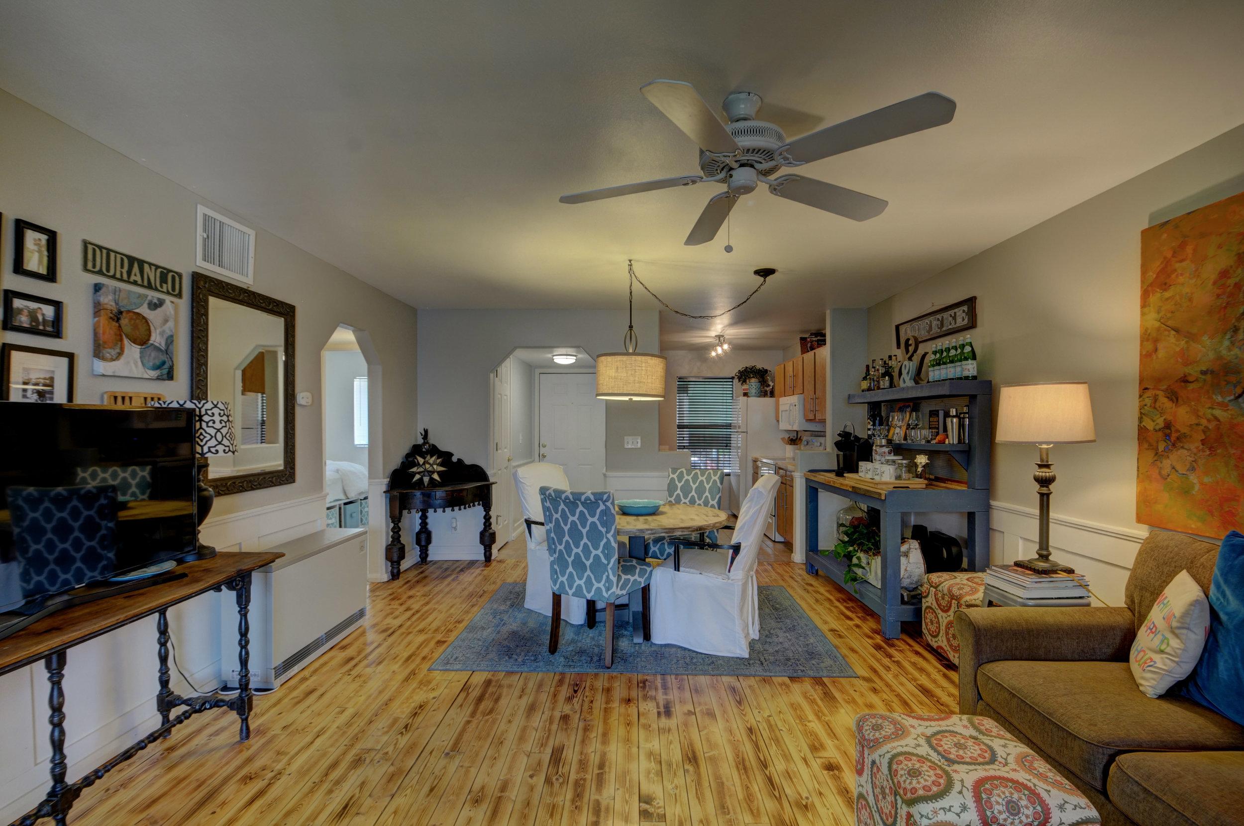 livingroom4123.jpg