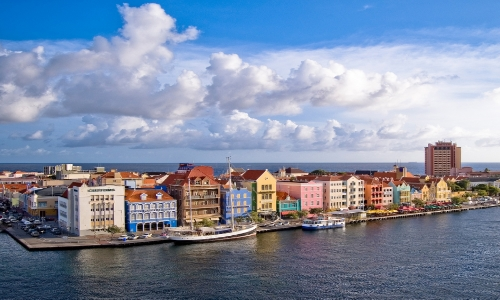 travel to curacao