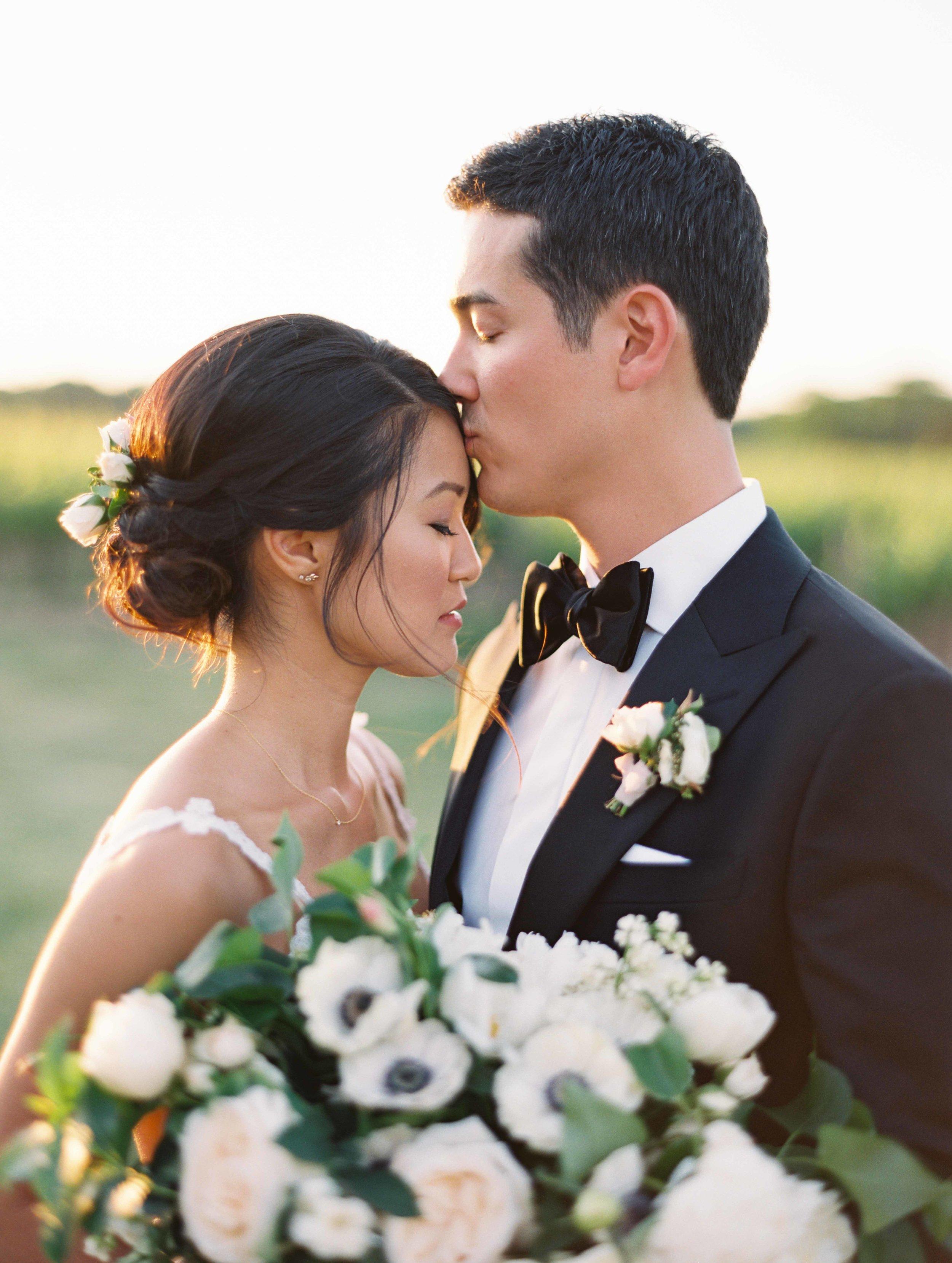 630-fine-art-film-photographer-niagara-on-the-lake-toronto-destination-wedding-brumley-wells-nick-nat.jpg