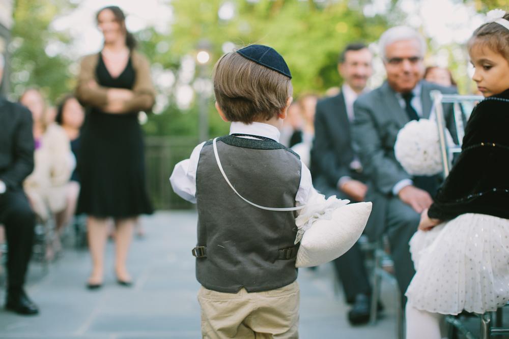 Melissa-Sung-Photography-New-York-Outdoor-Wedding-Cecee-Zhenia005.jpg