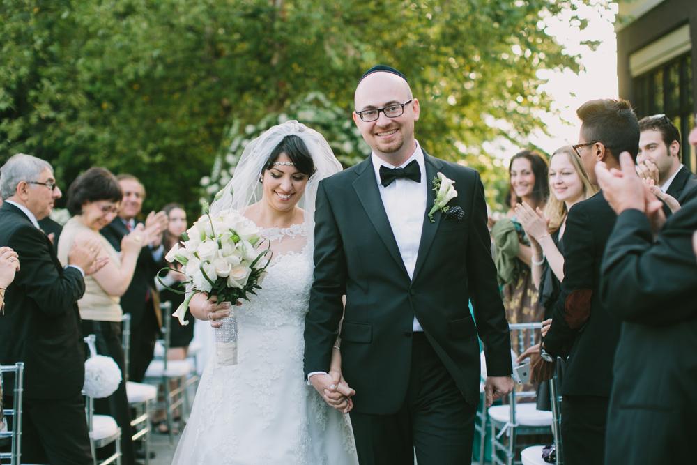 Melissa-Sung-Photography-New-York-Outdoor-Wedding-Cecee-Zhenia007.jpg