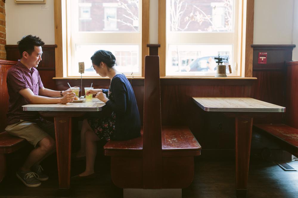 melissa-sung-photography-hamilton-coffeeshop-hike-adventure-engagement007.jpg