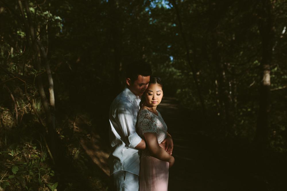melissa-sung-photography-hamilton-coffeeshop-hike-adventure-engagement018.jpg