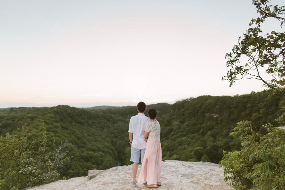 melissa-sung-photography-hamilton-coffeeshop-hike-adventure-engagement025.jpg