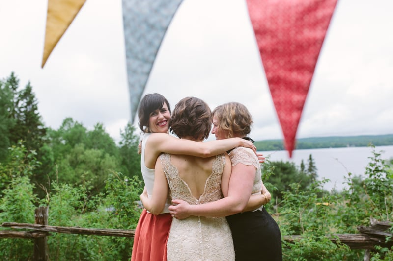 064-Melissa_Sung_Photography__Toronto_Wedding_Photographer_Intimate_Outdoor_Wedding_Muskoka_the_Good_Lovelies_Portage_Inn.jpg