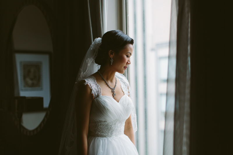 012-Melissa_Sung_Photography_Toronto_Wedding_Photographer_Cluny_Bistro_Distillery.jpg