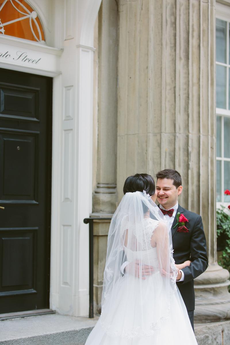 023-Melissa_Sung_Photography_Toronto_Wedding_Photographer_Cluny_Bistro_Distillery.jpg