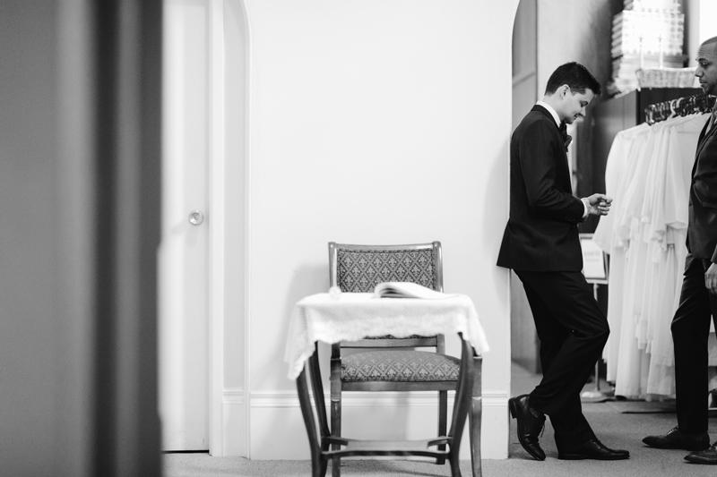 025-Melissa_Sung_Photography_Toronto_Wedding_Photographer_Cluny_Bistro_Distillery.jpg